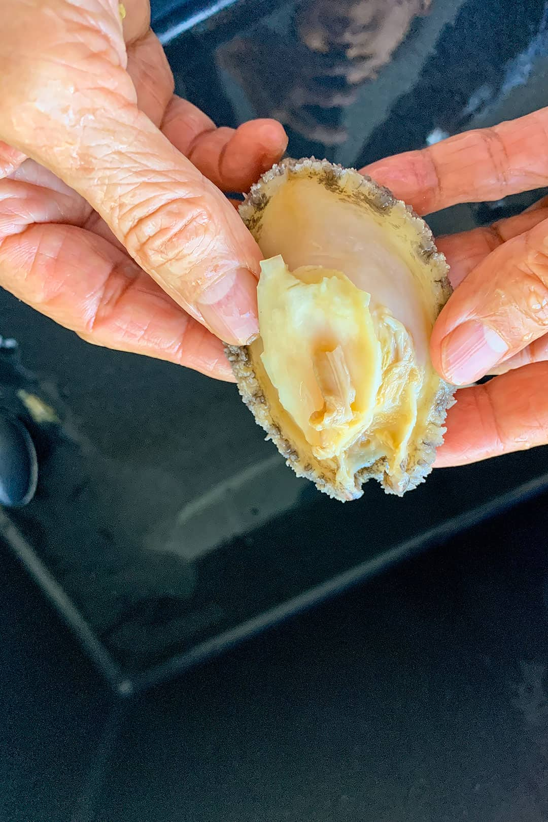 How to Prepare Abalone for Cooking Abalone Porridge